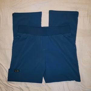 koi Other - Koi Basics Scrub Set in Dark Teal size Med Petite